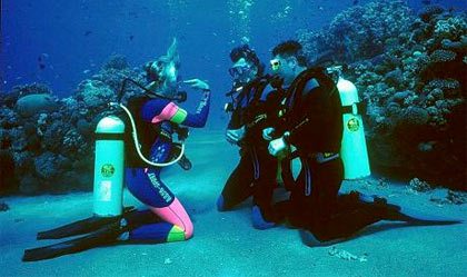 galapagos-diving-safety